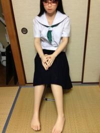 女装して、 セーラー服を着てみました。 女子高生に見えますか? 可愛い女の子に見えますか? スカートはどうですか?