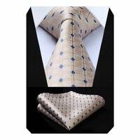 新社会人でこのネクタイってどんな印象ですか? 赤か青が無難と言われる中、挑戦しすぎでしょうか。  スーツ ネクタイ