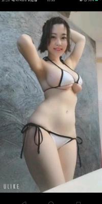 このグラビアアイドルの名前を教えて下さい凄い肉体ですね!