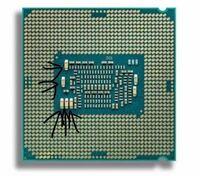 CPUのピン?演算部分?(画像の矢印している所)って折れることあるんですか。 詳しい方教えてください!