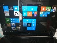 パソコンの画面の直し方教えてください! NECのパソコン使ってます! 動きが鈍くマウスをカチカチしてたら 元の画面の左端にあったやつが 全体的になり戻し方がわかりません! それとパソ コンの動きが鈍い...