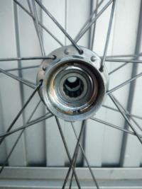 ロードバイク フリーボデイを取り外したいのですが、これは10mmアーレンキーで外せるタイプですか?