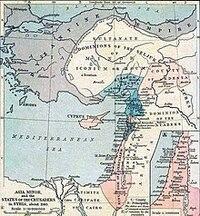 十字軍国家と軍事政権について質問です。 『十字軍国家』とは、正教会とイスラム教が大勢を占めていた11世紀末の東部地中海のシリア・パレスチナ沿岸に、西欧のカトリック国家の騎士や庶民たちが十字軍を編成して攻め込んだ結果、12世紀から13世紀の間成立していた封建制国家群であるが、ここで質問です。 『十字軍国家』は封建制の国家であるが、しかし、元は十字軍という軍事集団が建国した国家であるなら、ある...