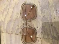 このサングラス、どこのブランドか分かりますか? フレームにはmade in Itaru fm3と書いてあります
