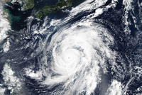 【地球史上最大級】 日本に接近中の台風19号に世界が注目 「存在しないカテゴリー6に相当」  地球史上最大級か? 台風19号の勢力に世界が注目 衛星写真に騒然  米航空宇宙局(NASA)と海洋大気庁が連携して運...