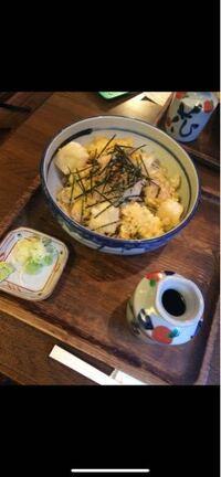 鎌倉の小町通りにあるらしいんですけどどこの蕎麦屋さんかわかりますか?
