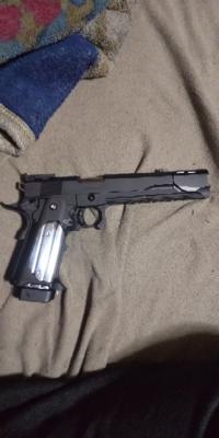 ハイキャパ5.1っていい銃ですか? サバゲを始めたいのですが 今はストライクウォーリアーと ハイキャパ5.1を持ってます  良し悪しも教えてくださると助かります