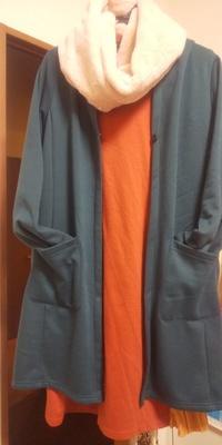 この服装にベージュやキャラメル系のムートンブーツは合いますか?  『ムートンブーツ23㎝(¥1,000)』 フリマアプリ「メルカリ」で販売中♪ https://item.mercari.com/jp/m10494094449/