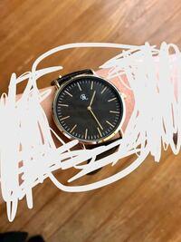 ダイソーで買った500円腕時計なんですが、これってアラームとか音はなりませんよね? どなたか知ってる方お願いしますm(_ _)m