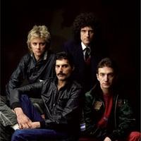 Queenファンも、あんまり詳しくない方も、そしてアンチの方も少々ご協力を。 もし「最もクイーンらしい3曲」を選ぶ場合、1曲を「Bohemian Rhapsody」に固定するとして、残り2曲はどういうチョイスになりますでし...
