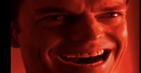 このシーンの洋画(映画かドラマかわかりません)を探してます。  男がすごい顔をしながら「あははははは!」と不敵に笑うシーンなのですが、わかる方いますか?