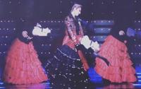 エキサイター2017(明日海りおさん主演)の公演でプロローグ(写真の場面)で柚香さん、瀬戸さん、水美さんと踊っている娘役を教えてください。
