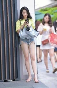 中国人や韓国人女性の中にスタイルが良すぎる美人が希にいますが日本人にはこれほど極端にスタイルが良すぎるましてや美人というのはいないように思います、同じ人種なのにその違いは何なのでし ょうか?