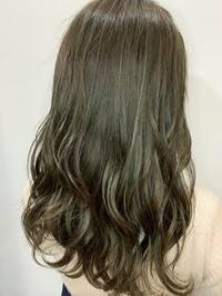 エンシェールズのカラーバターについての質問です。今の髪色が10~11トーンのオレンジがかった茶髪なのですが、カラーバターを使って画像の髪色にすることはできますか?これより暗めでもいいの でオリーブアッシ...