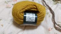 編み物を始めました。先日、好きな色が有ったので買って来ました。棒針で編もうとラベルを見たら、かぎ針だけの表示しか無く棒針は書いて有りませんでした。かぎ針が3/0~4/0場合は棒針は何号にすれば良いでしょうか ?