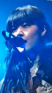 この歌っている人が、小松菜奈さんですか…?