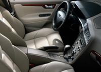 車で左ハンドルの場合のメリットやデメリットはありますか?