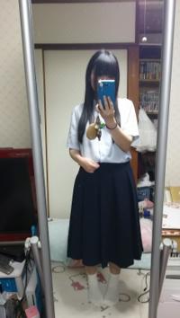 女装好きな男子です。 幼い頃からスカート穿くことが大好きです。  本日の僕のスカートファッション似合ってますか?