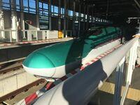 航空便や新幹線&在来線列車についてなんですが、仙台〜函館間の航空便が大幅に減って新幹線や在来線列車が少しぐらい増えたのはどれだと思いますか? A.1982年夏クール B.1988年春クール C.1997年春クール D.2...