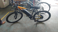 この自転車の型番わかる人方いますか? コストコの電動アシスト自転車らしいのですが、調べてもよく分かりませんでした。詳細を知る方欲しえてください。
