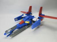 ZZガンダムのAパーツ戦闘機(コア・トップ?)はMS形態ではコクピット部分がビームライフルになるんですが… その時、中にいるパイロットはどうなってるんでしょうか?