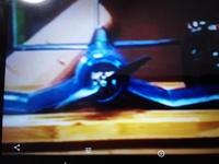 飛行機の主翼の形ですが、ユーチューブの動画海外人の自作飛行機ですが見ずらくてすみません なんで複雑に折れ曲がってるのでしょうか、意味は、効果は、どのような物か分かる方教えて下さい、良いなら作って見たいです。