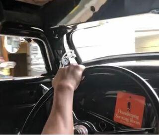 フロントガラス,ピックアップトラック,Aピーラー,量販車,計器メーター,車