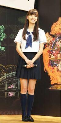 高校で制服のスカート丈を短くしたら、待っている罰則でどんなのがありましたか? 1,制服のスカートを買い替えさせられる。  2,親呼び出し  3,停学  4,色々、不利な扱いなど。