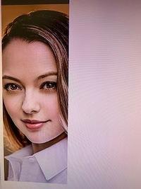新型ハリアーのCMに出てる女優さんは誰でしょうか?