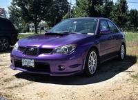 紫色の車は好きですか?アリですか?白や黒の車が多すぎて嫌になりましたね。 パープルカラーはアリですか