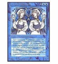 マジックザギャザリングについて質問です。Vesuvan Doppelgangerというカードがあるのですが、効果の翻訳がイマイチ分かりづらいです。 もし、デュエルマスターズにカード効果を置き換えるとどういう内容になるか...