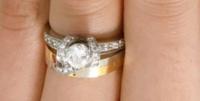 この婚約指輪・結婚指輪がどこのブランドのものか分かる方がいれば教えて下さい。