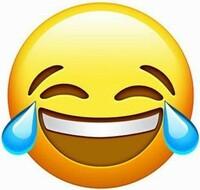 この泣き笑いの絵文字に近い、顔文字を教えてください。