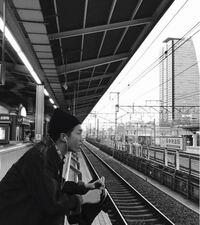 ナムジュンが日本の駅で写真を撮っていてびっくりしました!笑 いつ頃かわかる方いますか??   BTS bts バンタン 防弾 방탄소년단 ナムジュン ナム