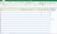 エクセルで画像のような在庫管理表を作ろうとしているのですが、マクロなどを使って処理させるにはどうしたらいいかご教授ください。 やりたいことは、 入庫列、出庫列それぞれのセルに数字を入力し「実行ボタン」を押すと、在庫列の数が増減し、別シートの「入庫履歴」「出庫履歴」にそれぞれ記録が残るようにしたいです。  宜しくお願い致します。