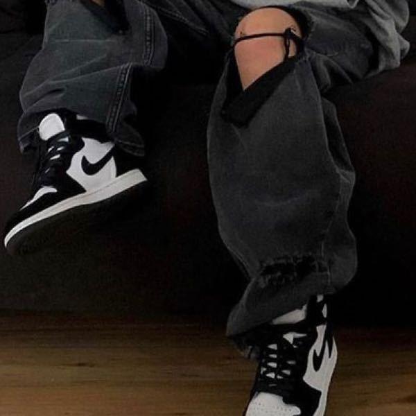 この靴何というものかわかりますか? ナイキ スニーカー ハイカット