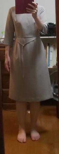 この服どうですか?また靴やバッグを合わせるとしたら、どんなのが良いでしょうか?