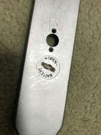 PENTAX spの露出用の電池を入れる所がコインで回して開かなかったのですが、開ける対処法はありますか?