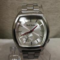 ポール・スミスの腕時計を探しています。15年くらい前にデパートのポール・スミスの店舗で売られていました。画像のNO.7と一緒に陳列されていて文字盤がピンク、水色?ともう一色の3種類あったと思います。大きめで四 角形か長方形、革ベルトでした。当時の私には高くて買えなかったので10万前後だった気がします。情報下さい!