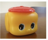幼稚園などではこの容器のノリはまだ使われていますか。