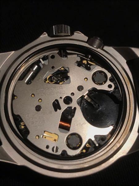 これは安物の時計ですよね?
