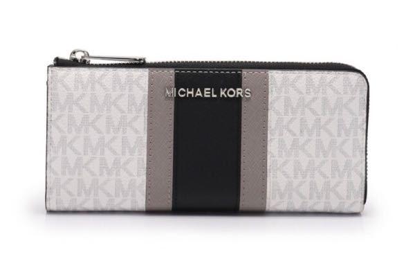 MICHAEL CKORS の画像の長財布の新品の定価分かる方いますか? 調べても中古の値段しか売ってなかったので誰かわかる方教えていただきたいです。