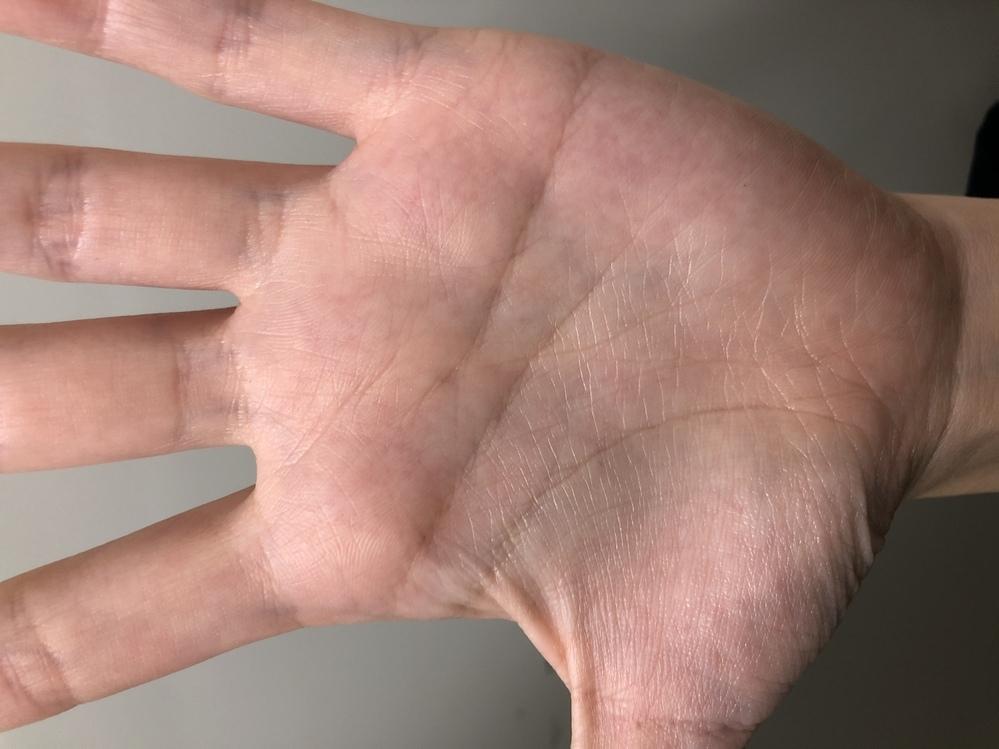左手の手相占いお願いします。
