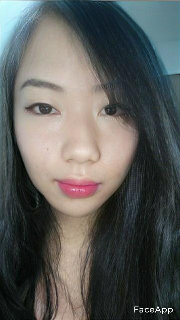 FaceAppで女の子になってみたけど可愛い?