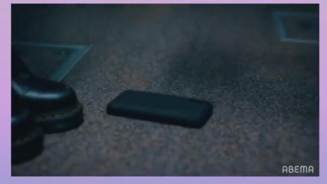 17.3 about a sexのドラマ内で田鍋梨々花ちゃんが使用していたスマホケースはどれなのかわかる方がいらっしゃったら教えてほしいです!! ちなみに、機種はiPhoneXRで黒のシリコン素...
