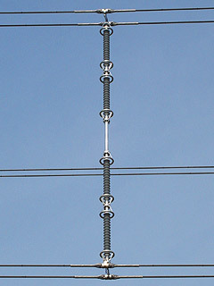 1月9日土曜 極寒列島 更に降雪100センチ予想も 交通への影響に厳重警戒 https://tinyurl.com/y365ahut ギャロッピングが大きくなり電線同士が異常に接近・接触すると...