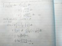 不定積分の問題ですが、何が間違ってますか?教えて下さい!