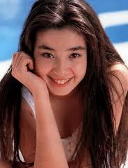 中森明菜さんと宮沢りえさん どちらが好きでしたか?