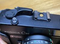 Konica C35に詳しい方にお尋ねします。 このフィルムカメラに対応するストロボはなんですかね?かなり古いものらしいです