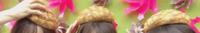 坂道⊿パーツクイズ其の241 画像のメロンパン?!を頭にのせてるのは  現役、または元坂道メンバーの  左から誰と誰と誰でしょう?